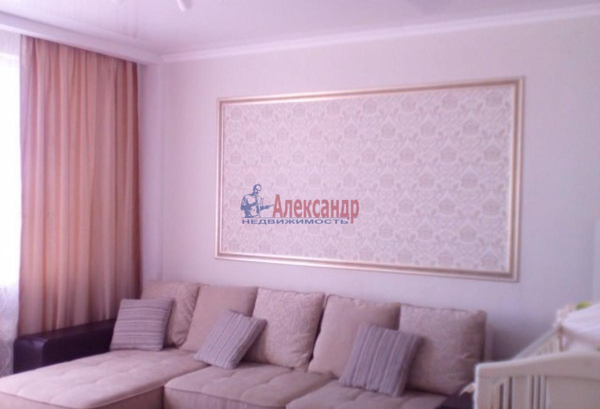 2-комнатная квартира (70м2) в аренду по адресу Ветеранов пр., 75— фото 5 из 5
