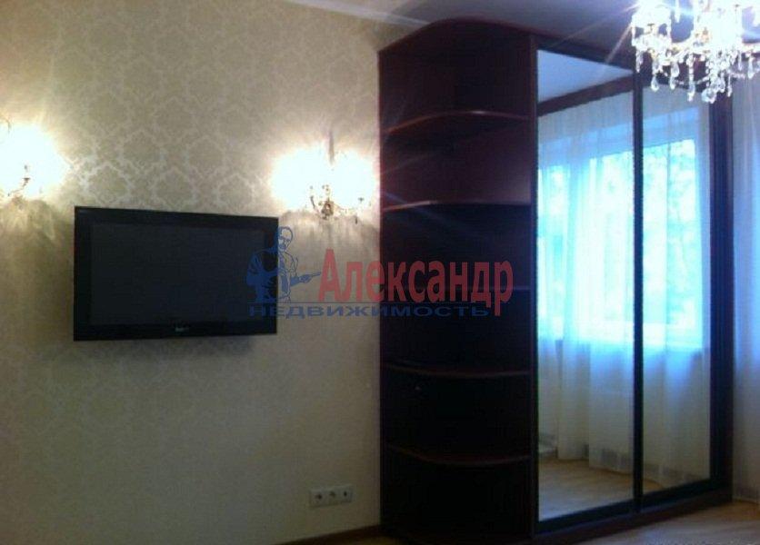1-комнатная квартира (37м2) в аренду по адресу Комендантский пр., 14— фото 5 из 7