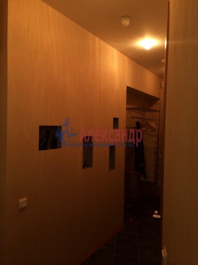 3-комнатная квартира (75м2) в аренду по адресу Реки Мойки наб., 16— фото 9 из 11