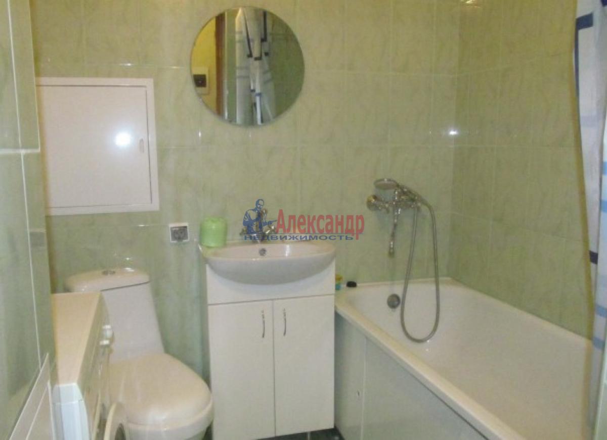 1-комнатная квартира (38м2) в аренду по адресу Юрия Гагарина просп., 73— фото 3 из 4