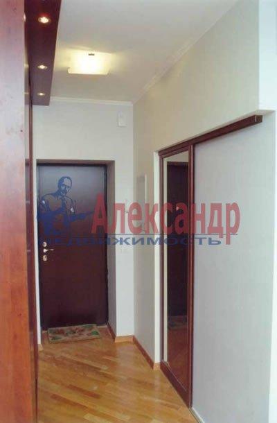 2-комнатная квартира (59м2) в аренду по адресу Коллонтай ул., 17— фото 4 из 4