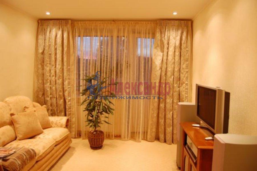 1-комнатная квартира (45м2) в аренду по адресу Благодатная ул., 30— фото 4 из 4