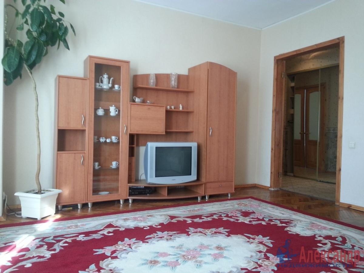 3-комнатная квартира (90м2) в аренду по адресу Московский просп., 193— фото 2 из 9