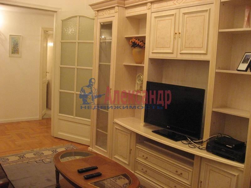 4-комнатная квартира (160м2) в аренду по адресу Рубинштейна ул., 3— фото 16 из 23