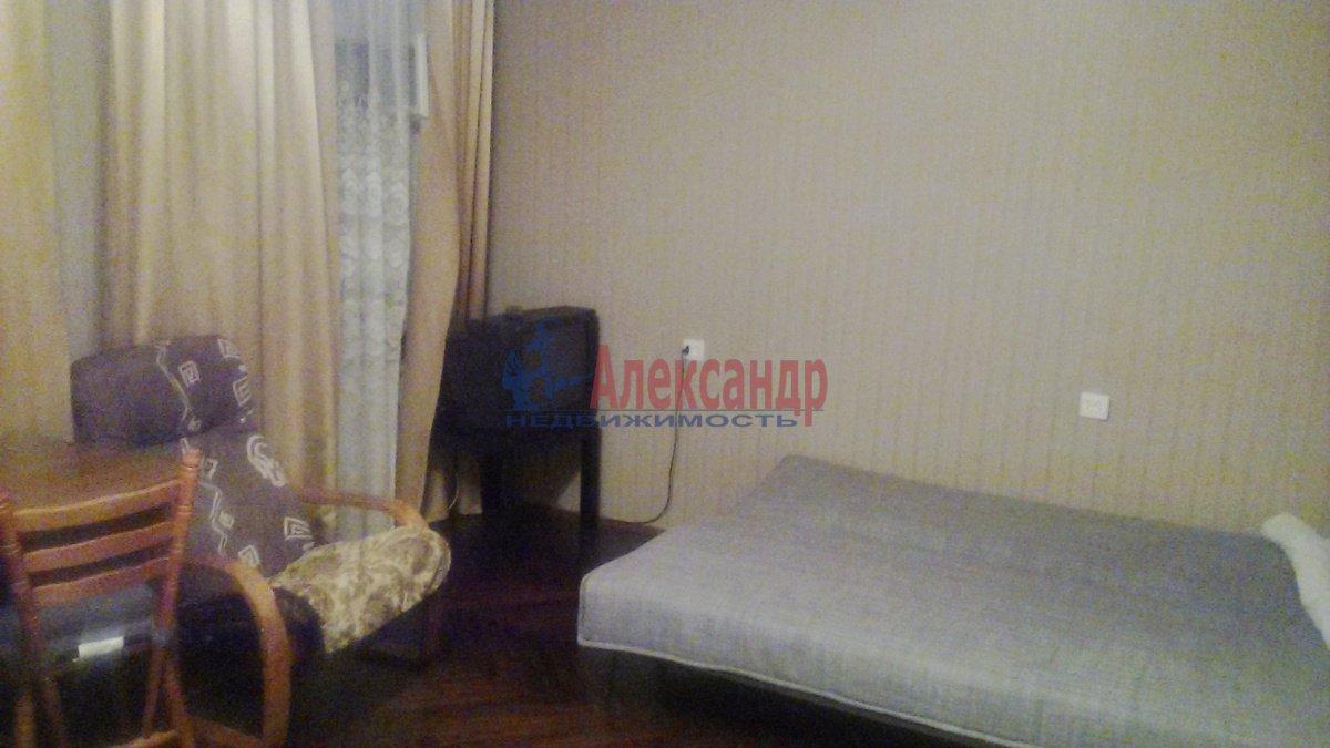 1-комнатная квартира (45м2) в аренду по адресу 5 Советская ул., 96— фото 1 из 8