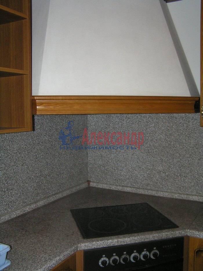 4-комнатная квартира (120м2) в аренду по адресу Конногвардейский бул., 6— фото 3 из 8