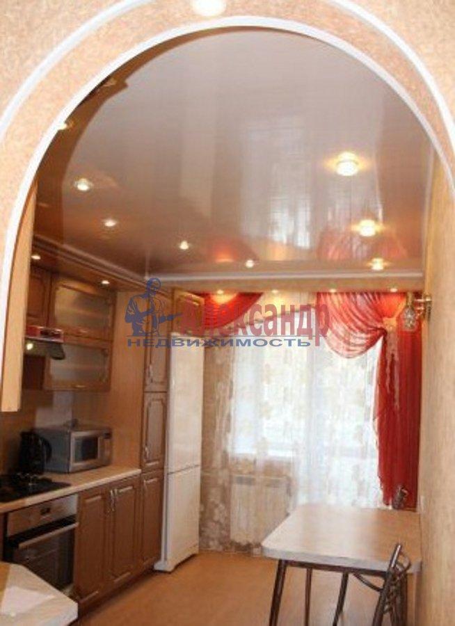 2-комнатная квартира (75м2) в аренду по адресу Богатырский пр., 49— фото 3 из 5
