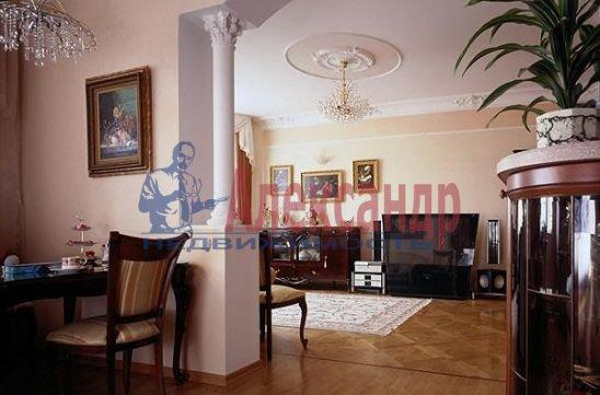 4-комнатная квартира (170м2) в аренду по адресу Невский пр., 18— фото 1 из 2