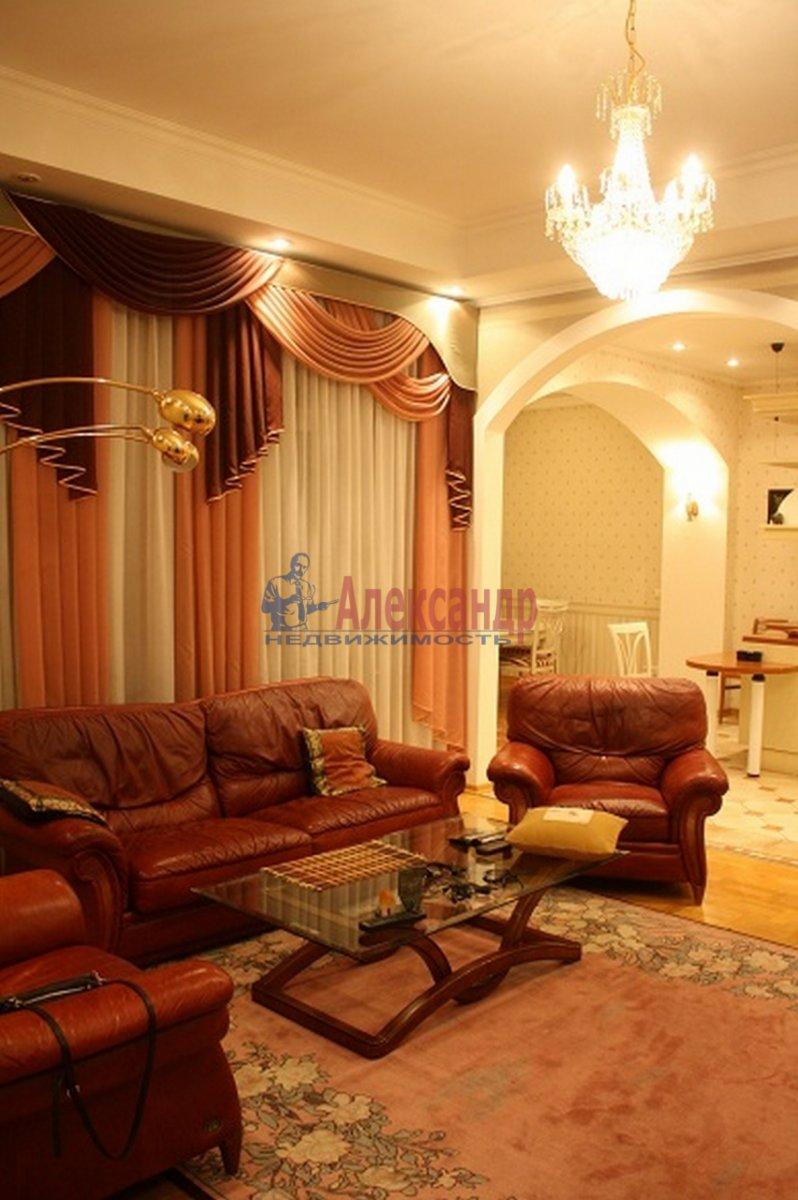 5-комнатная квартира (165м2) в аренду по адресу Большая Московская ул., 14— фото 5 из 12