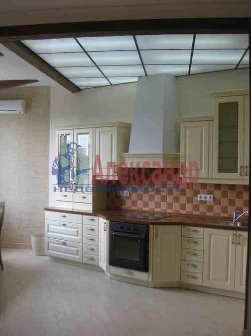 2-комнатная квартира (70м2) в аренду по адресу Садовая ул., 94— фото 2 из 12