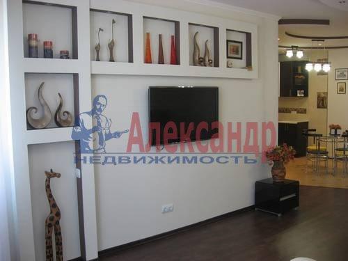 2-комнатная квартира (75м2) в аренду по адресу Вознесенский пр., 49— фото 13 из 17