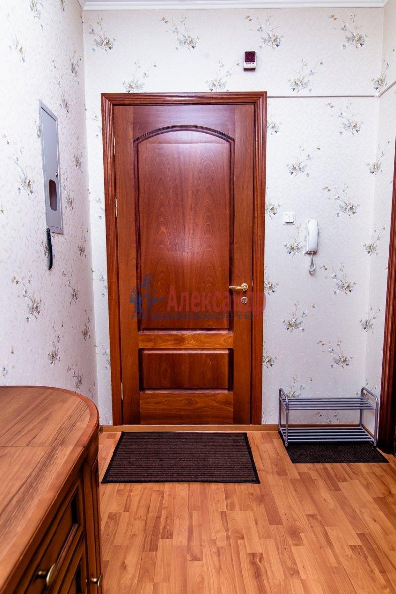 2-комнатная квартира (65м2) в аренду по адресу Алтайская ул., 11— фото 13 из 26