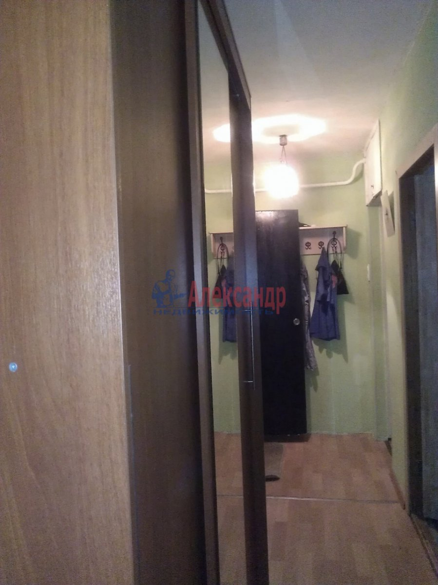 1-комнатная квартира (35м2) в аренду по адресу Красного Курсанта ул., 9— фото 4 из 6