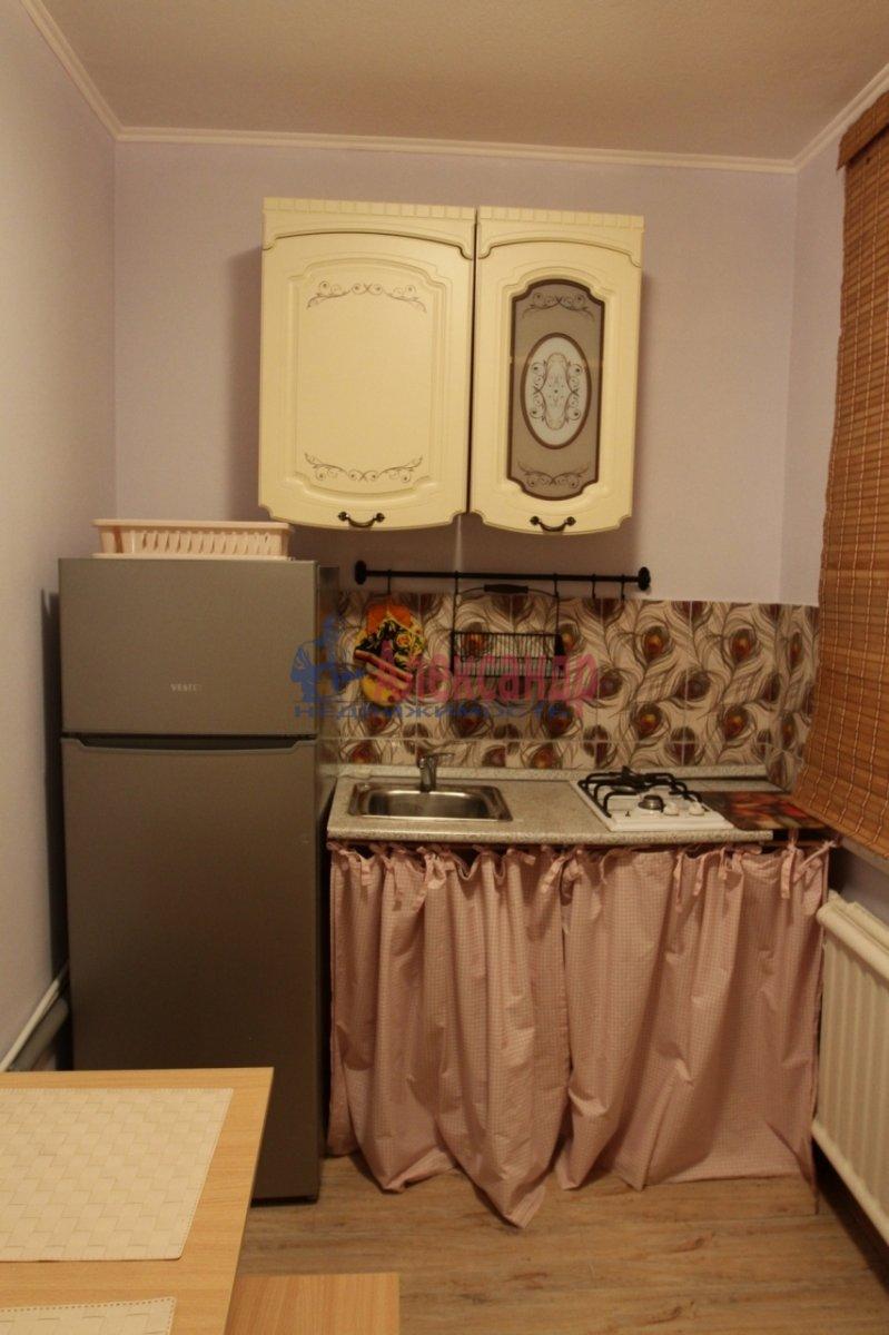 1-комнатная квартира (31м2) в аренду по адресу Будапештская ул., 10— фото 6 из 9