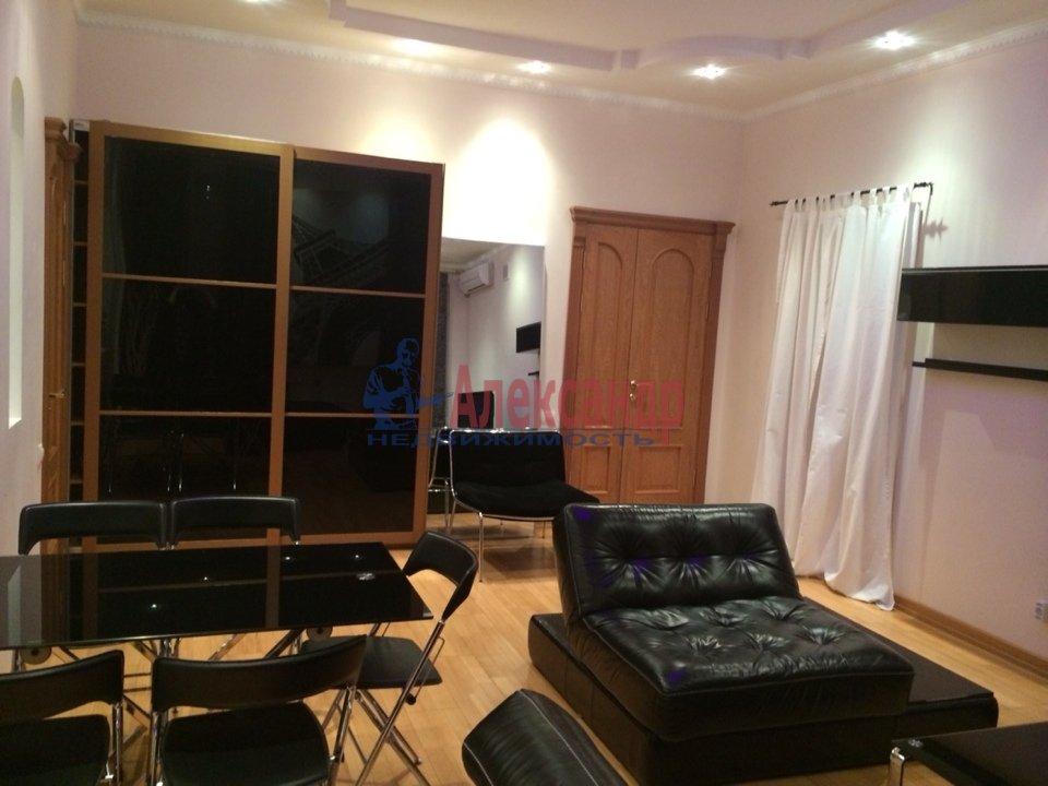 2-комнатная квартира (70м2) в аренду по адресу Адмиралтейская наб., 10— фото 1 из 13