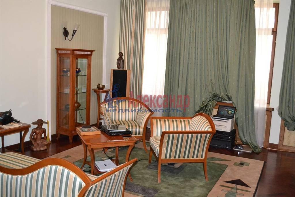 2-комнатная квартира (60м2) в аренду по адресу Таврическая ул., 19— фото 1 из 4