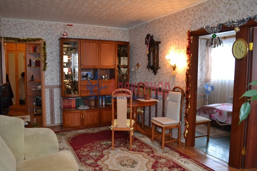 2-комнатная квартира (58м2) в аренду по адресу Ленинский пр., 109— фото 1 из 2
