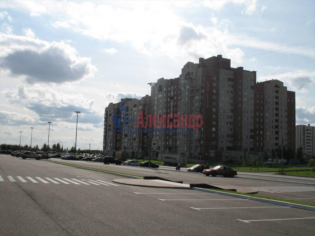 2-комнатная квартира (68м2) в аренду по адресу Туристская ул., 2— фото 3 из 7