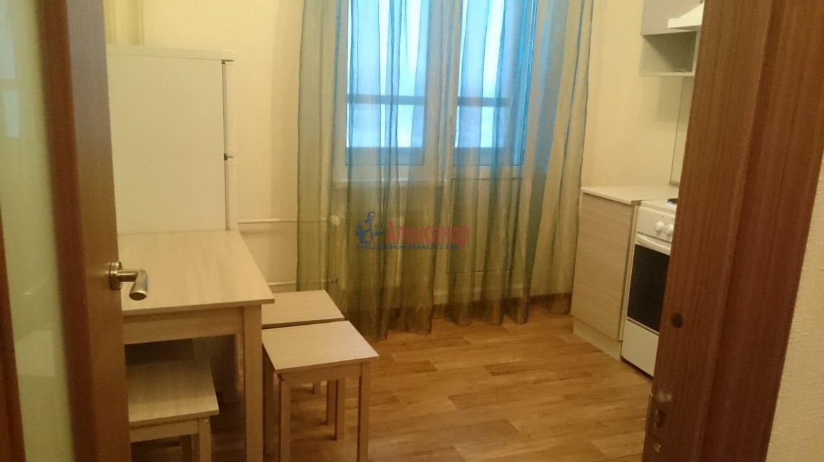 1-комнатная квартира (39м2) в аренду по адресу Гражданский пр., 87— фото 9 из 10