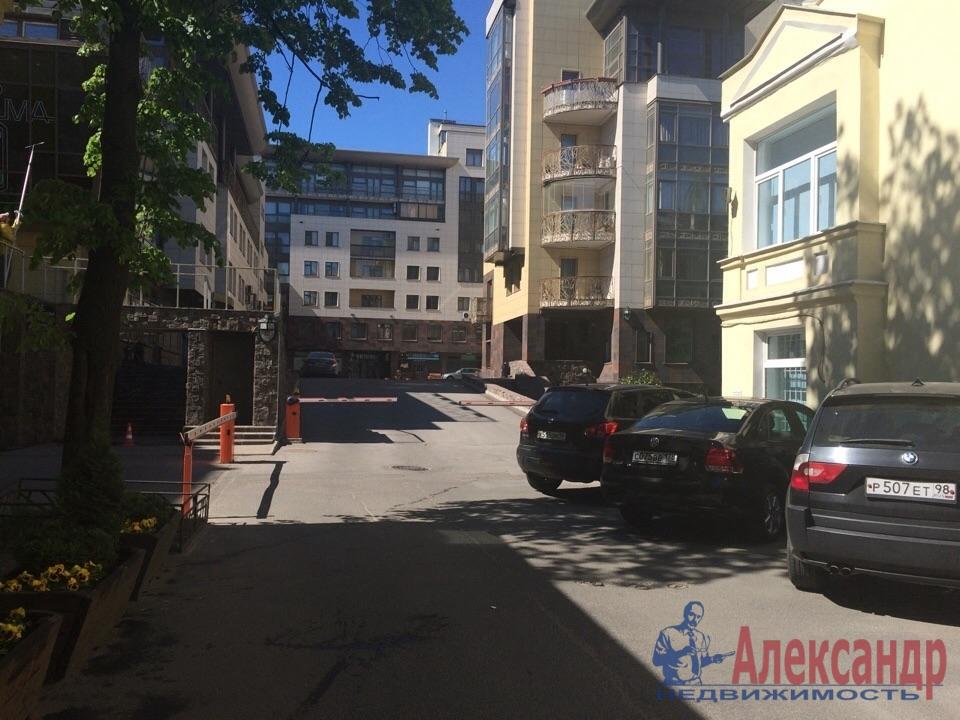 4-комнатная квартира (200м2) в аренду по адресу Куйбышева ул., 26— фото 15 из 16