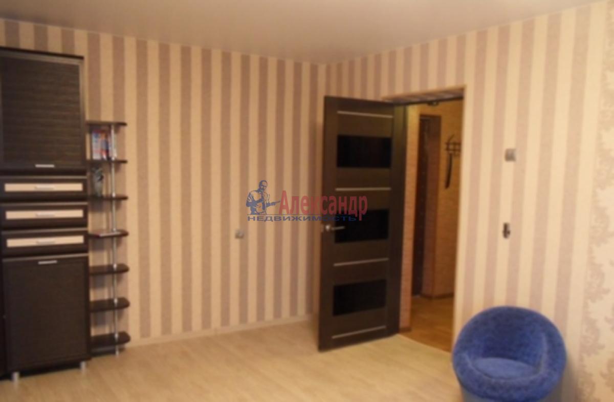 1-комнатная квартира (40м2) в аренду по адресу Ленинский пр., 111— фото 3 из 5