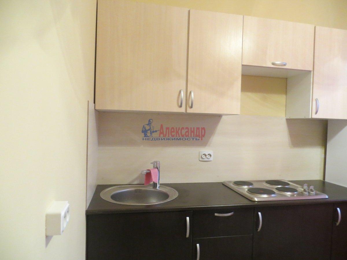 1-комнатная квартира (35м2) в аренду по адресу Софьи Ковалевской ул., 5— фото 1 из 2