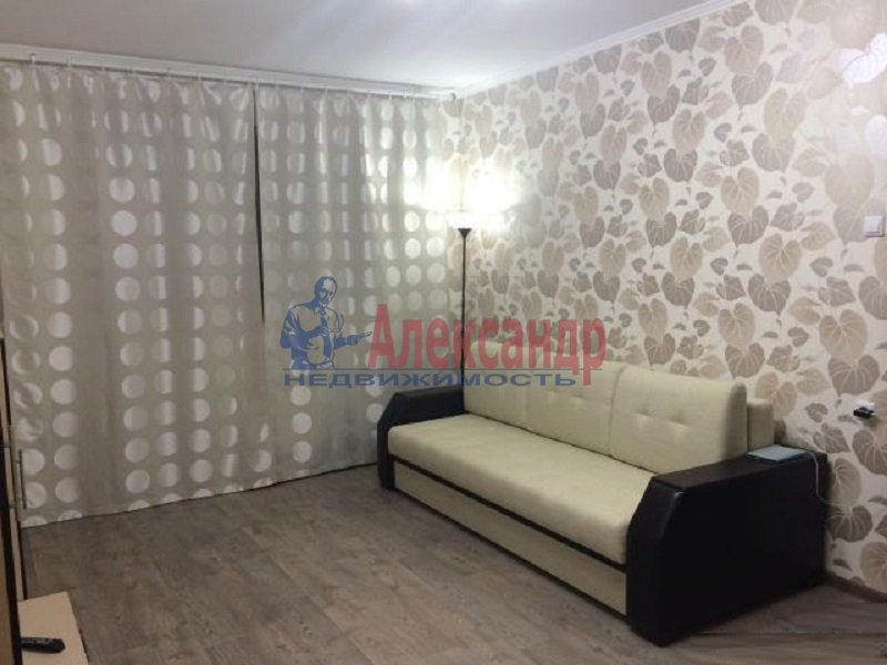2-комнатная квартира (60м2) в аренду по адресу Комендантский пр., 25— фото 1 из 5