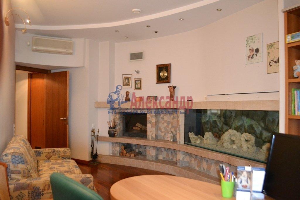 3-комнатная квартира (93м2) в аренду по адресу Суворовский пр., 62— фото 10 из 14