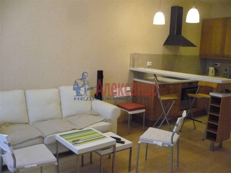 2-комнатная квартира (56м2) в аренду по адресу Барочная ул., 12— фото 1 из 10
