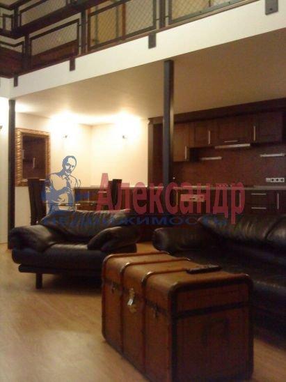 1-комнатная квартира (95м2) в аренду по адресу Большая Конюшенная ул., 17— фото 3 из 9