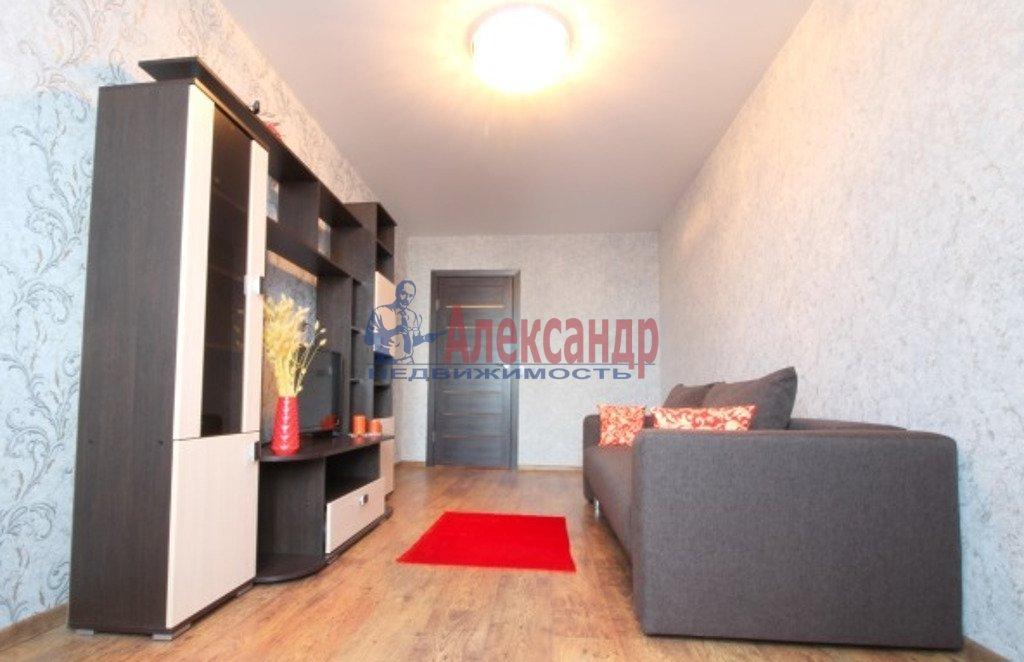 2-комнатная квартира (57м2) в аренду по адресу Наставников пр., 43— фото 2 из 4