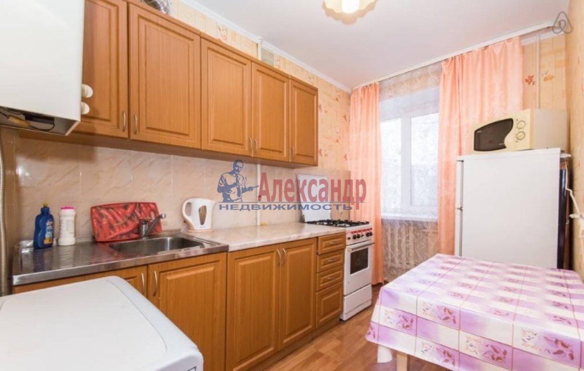 Комната в 2-комнатной квартире (43м2) в аренду по адресу Тихорецкий пр.— фото 2 из 3