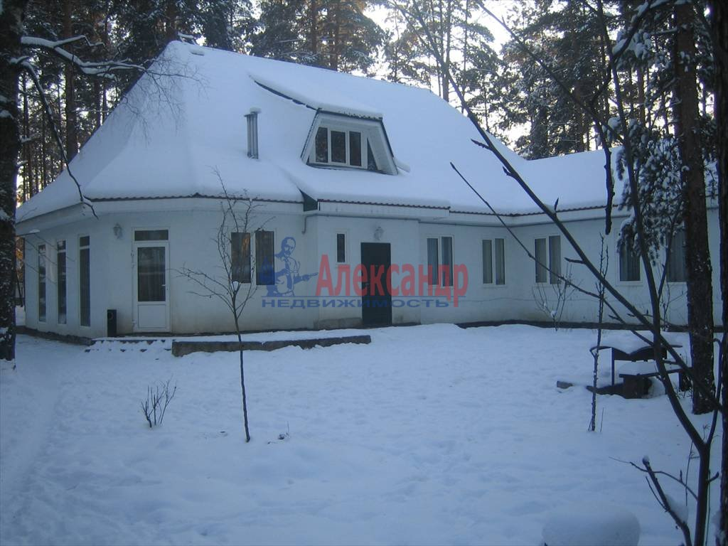 Дом (250м2) в аренду — фото 2 из 2