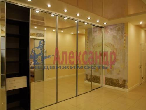 3-комнатная квартира (110м2) в аренду по адресу Комендантская пл., 6— фото 9 из 12