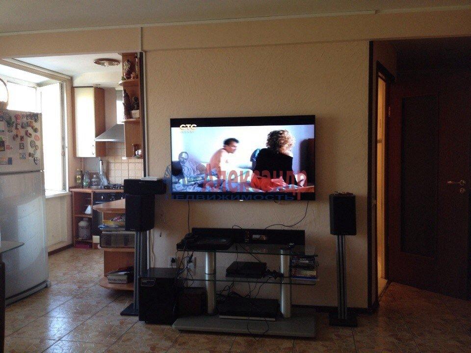 1-комнатная квартира (40м2) в аренду по адресу Героев пр., 26— фото 1 из 2
