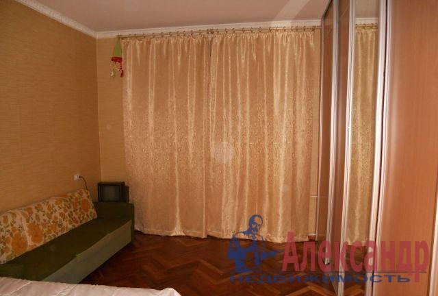 2-комнатная квартира (59м2) в аренду по адресу 1 Муринский пр., 2— фото 1 из 7