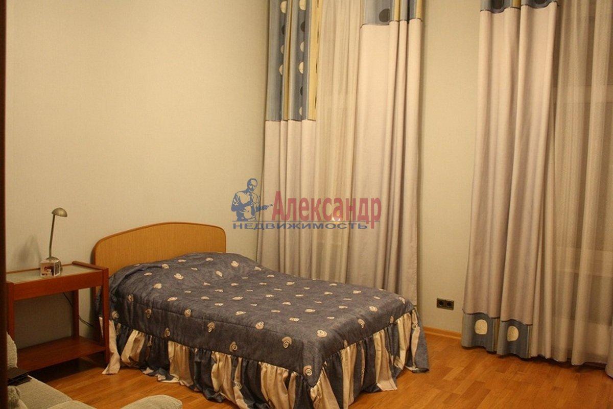5-комнатная квартира (165м2) в аренду по адресу Большая Московская ул., 14— фото 8 из 12
