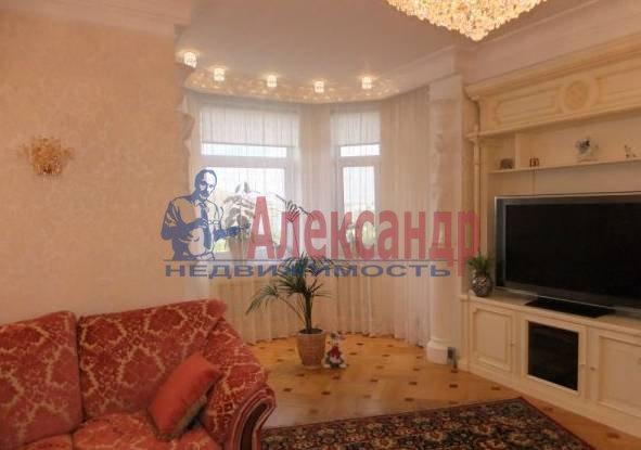 4-комнатная квартира (117м2) в аренду по адресу Большая Конюшенная ул., 5— фото 1 из 4