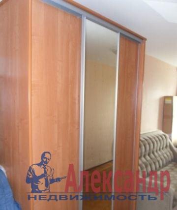 2-комнатная квартира (47м2) в аренду по адресу Авиационная ул., 13— фото 1 из 5