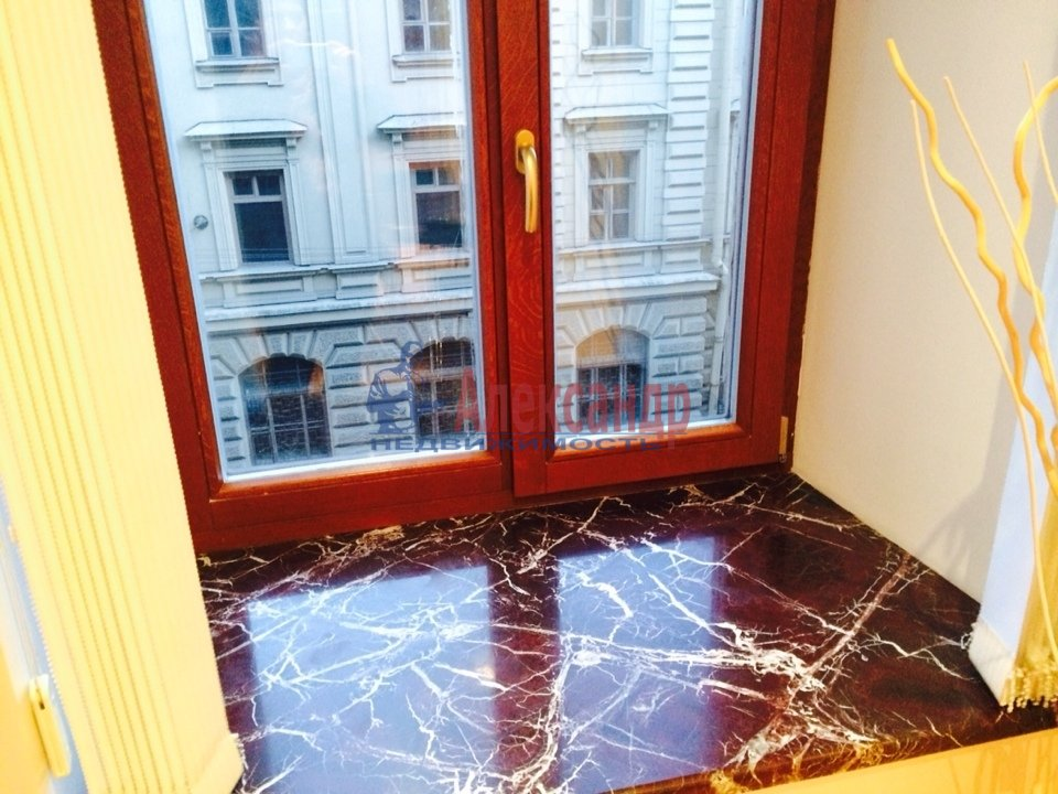 2-комнатная квартира (70м2) в аренду по адресу Адмиралтейская наб., 10— фото 9 из 13
