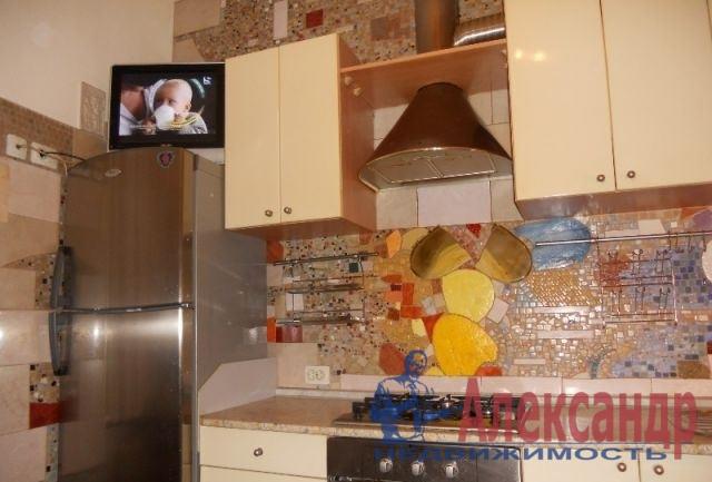 2-комнатная квартира (59м2) в аренду по адресу 1 Муринский пр., 2— фото 4 из 7