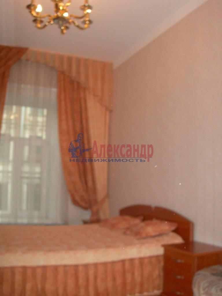 2-комнатная квартира (80м2) в аренду по адресу Невский пр., 158— фото 11 из 11