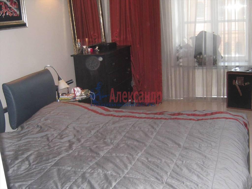 2-комнатная квартира (90м2) в аренду по адресу Миллионная ул., 32— фото 3 из 6