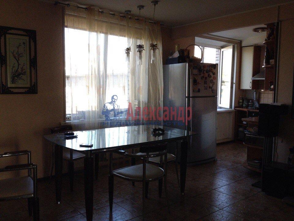 1-комнатная квартира (40м2) в аренду по адресу Героев пр., 26— фото 2 из 2