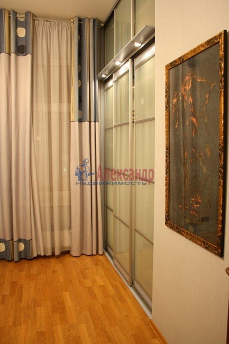 5-комнатная квартира (165м2) в аренду по адресу Большая Московская ул., 14— фото 9 из 12