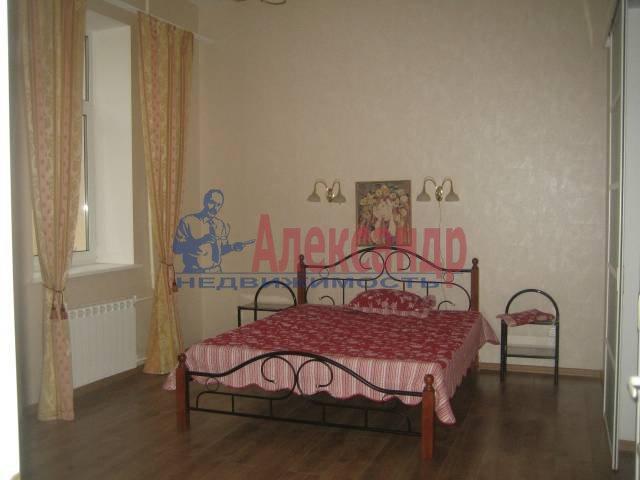 2-комнатная квартира (90м2) в аренду по адресу Стремянная ул., 5— фото 1 из 2