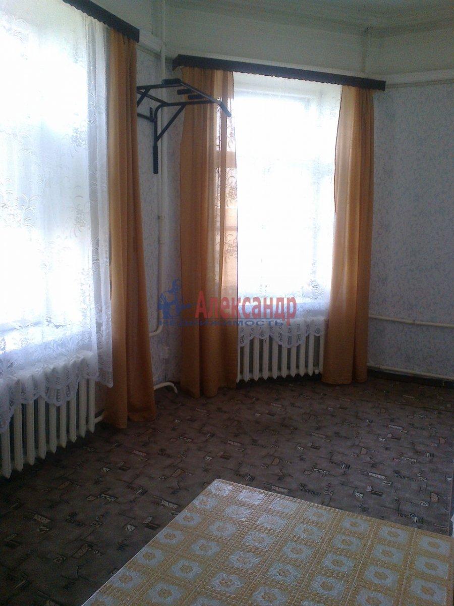 Комната в 7-комнатной квартире (120м2) в аренду по адресу Вознесенский пр., 31— фото 3 из 3