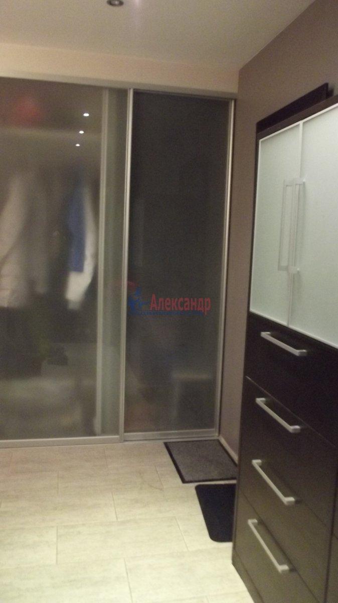 1-комнатная квартира (35м2) в аренду по адресу Крыленко ул., 13— фото 1 из 6