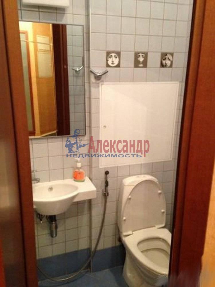 3-комнатная квартира (125м2) в аренду по адресу Радищева ул., 17— фото 5 из 9