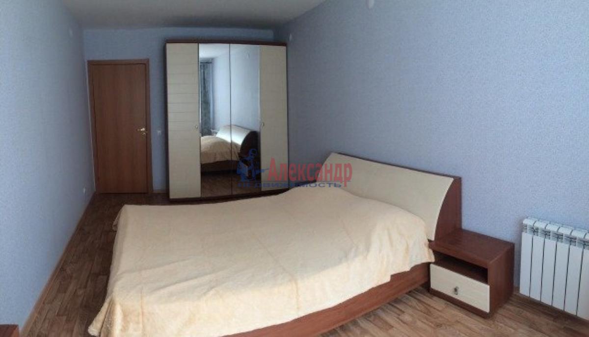 3-комнатная квартира (82м2) в аренду по адресу Типанова ул., 38— фото 5 из 8